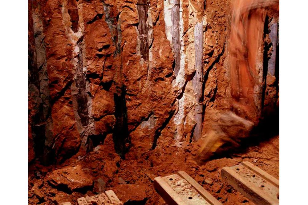 Chantier de rénovation Musée Toulouse-Lautrec d'Albi installation des micros pieux