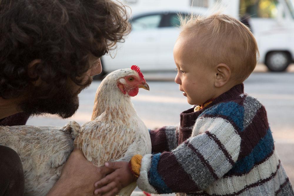 Nicolas  et Mireille Caillol et leur fils Solal roulottiers cont