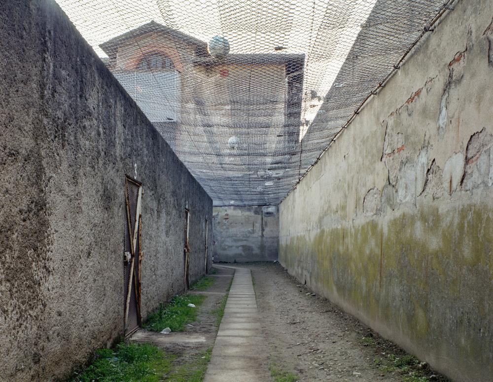 couloir promenade quartier disciplinaire Décembre 2002