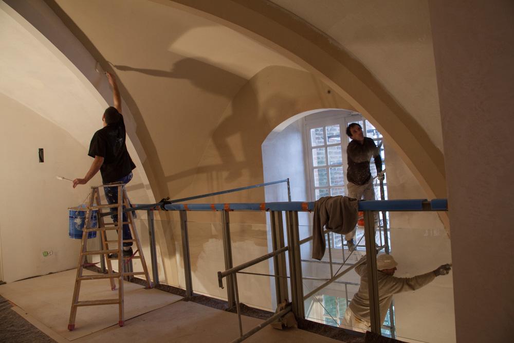 Chantier de rénovation Musée Toulouse-Lautrec d'Albi les peintres travaillent